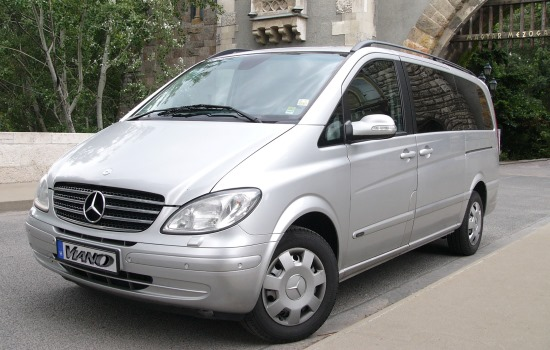 budapest airport taxi transfer to city mercedes viano business edition