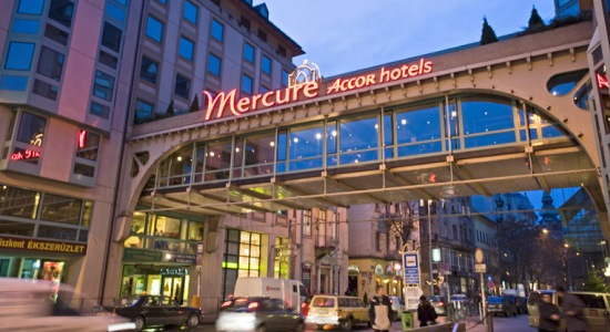 transfer from budapest liszt ferenc airport to mercure korona hotel budapest city centre